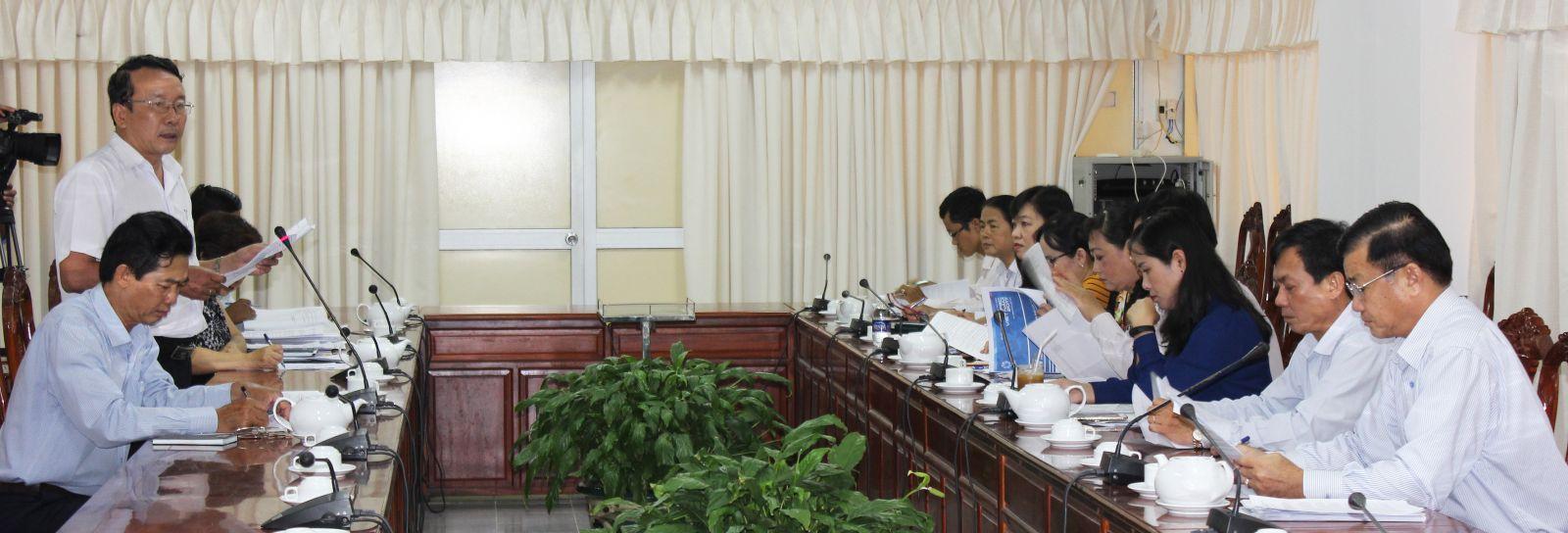 Phó Chủ tịch UBND TP Cần Thơ Đào Anh Dũng làm việc với Tiểu ban Tuyên truyền, thông tin báo chí và cảnh quan môi trường.