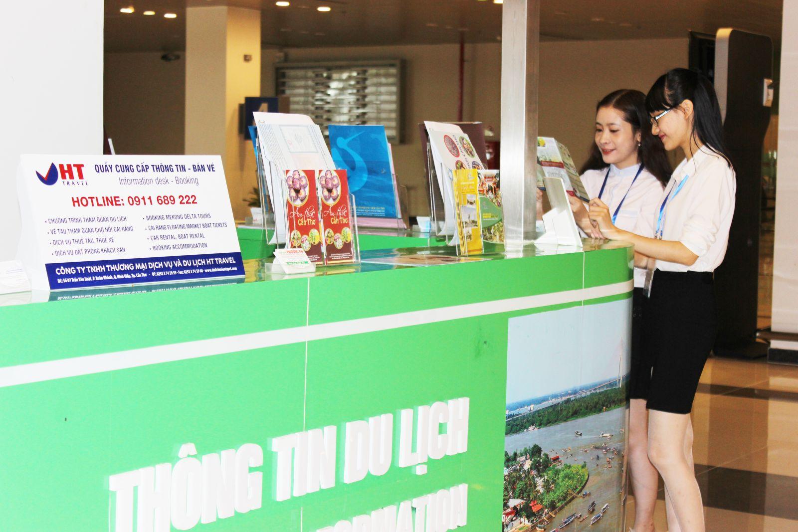 Một quầy trưng bày, giới thiệu sản phẩm du lịch TP Cần Thơ tại Cảng Hàng không Quốc tế Cần Thơ đã hoàn tất.