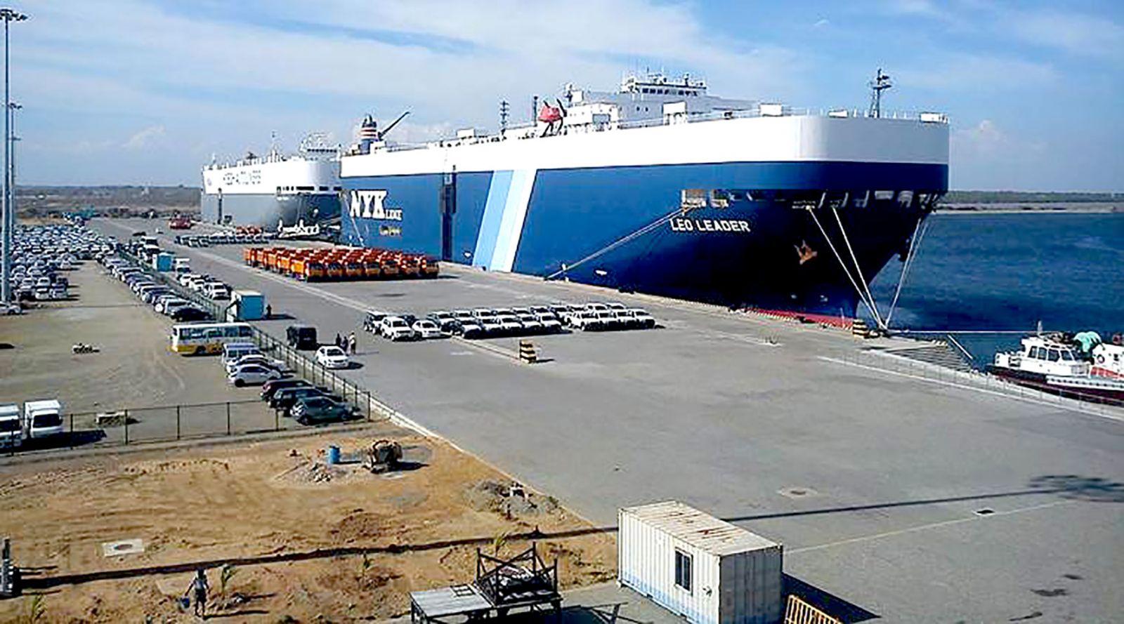 Cảng Hambantota nằm trên vị trí chiến lược nhìn ra Ấn Độ Dương. Ảnh: The Indian Express