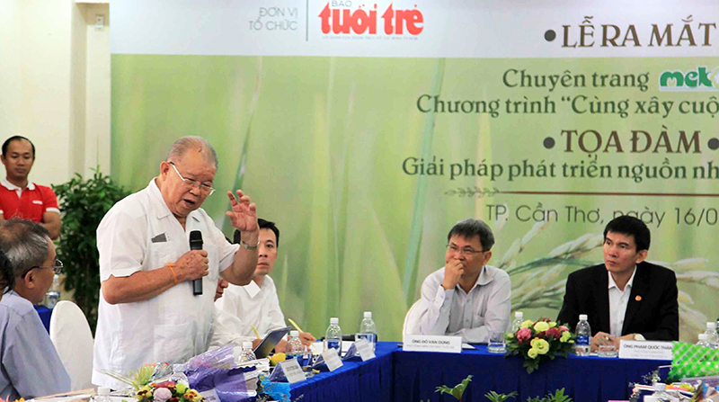 Giáo sư - Tiến sĩ Võ Tòng Xuân phát biểu tại buổi tọa đàm. Ảnh: N.MINH