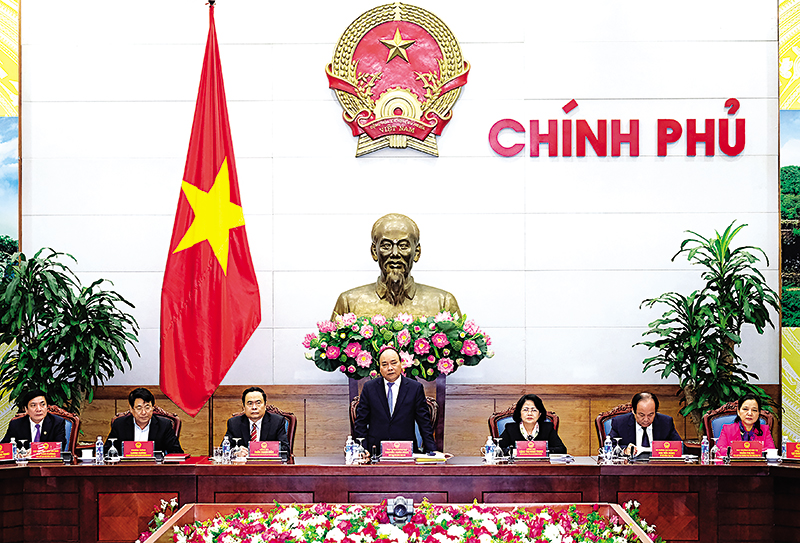 Thủ tướng Nguyễn Xuân Phúc phát biểu tại cuộc họp. Ảnh: VGP/ QUANG HIẾU