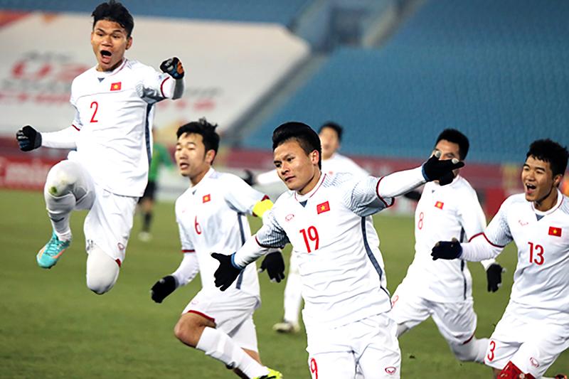Quang Hải (số 19) và các đồng đội sẽ nối tiếp niềm vui cho người hâm mộ? Ảnh: VFF