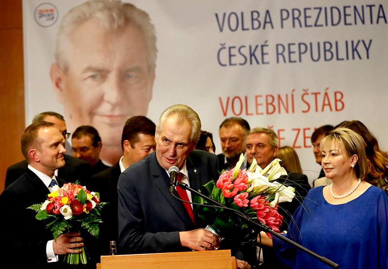Tổng thống Zeman phát biểu sau chiến thắng. Ảnh: AP