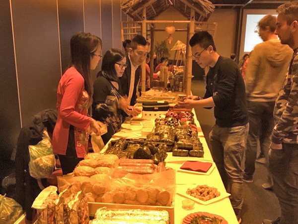 Tết Nguyên đán nơi xa xứ ấm áp với các món ẩm thực Việt . Nguồn: ĐSQ Việt Nam tại Hà Lan/VietNamplus