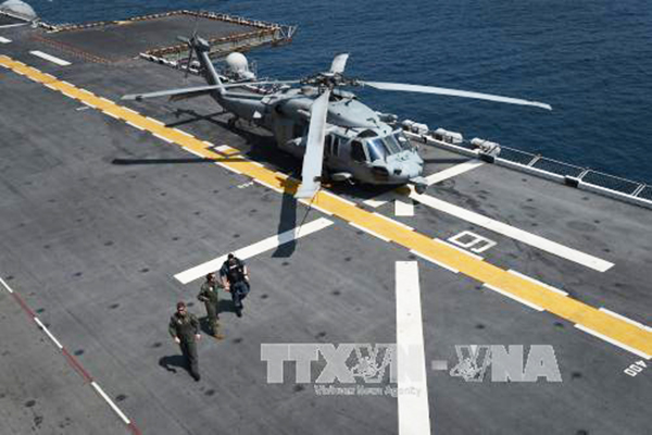 Tàu sân bay USS Bonhomme Richard tham gia cuộc tập trận đổ bộ ở ngoài khơi bờ biển Rayong, Thái Lan ngày 15-2. Ảnh: AFP/ TTXVN