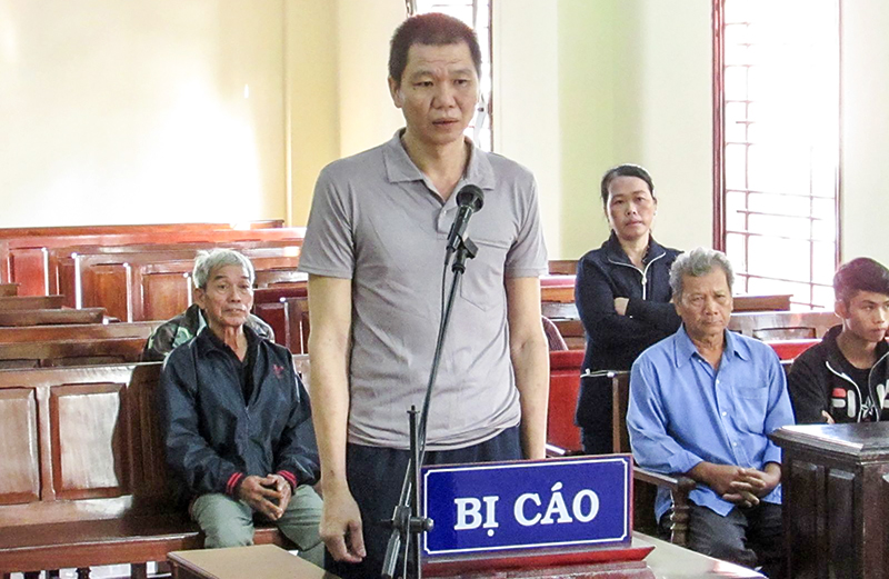 Lê Văn Tấn lãnh án tù chung thân về tội giết người. Ảnh: KIỀU CHINH