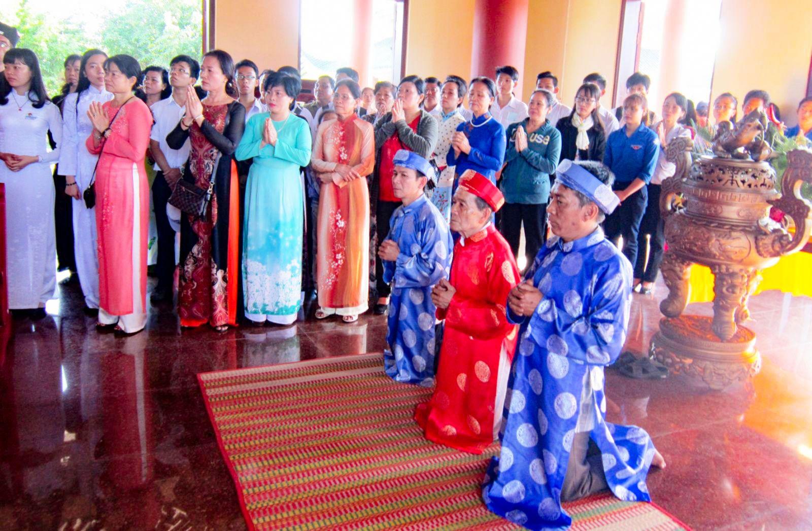 Tiếp tục duy trì, phát huy truyền thống,  nếp văn minh tại lễ giỗ lần thứ 146  của Thủ khoa Bùi Hữu Nghĩa