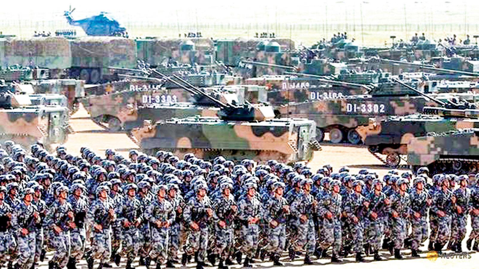 Quân đội Trung Quốc trong một lễ duyệt binh hồi năm ngoái. Ảnh: China Daily
