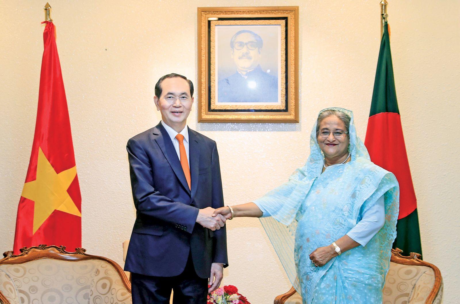 Chủ tịch nước Trần Đại Quang gặp và hội đàm với Thủ tướng Bangladesh. Ảnh: TTXVN