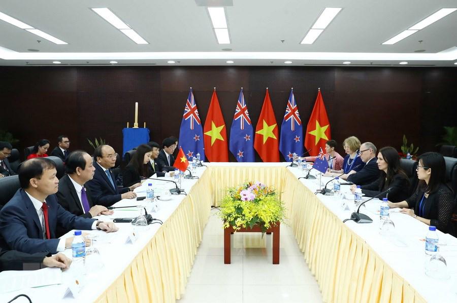 Thủ tướng Nguyễn Xuân Phúc tiếp Thủ tướng New Zealand, bà Jacinda Ardern nhân dịp bà sang dự Hội nghị cấp cao APEC tại Đà Nẵng. Ảnh: TTXVN