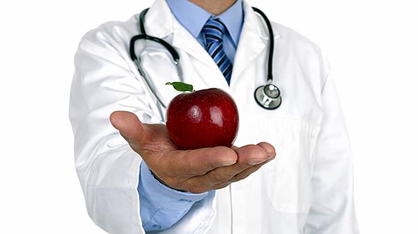 Mỗi ngày ăn một trái táo có thể phòng ngừa bệnh tiểu đường. Ảnh: howstuffworks