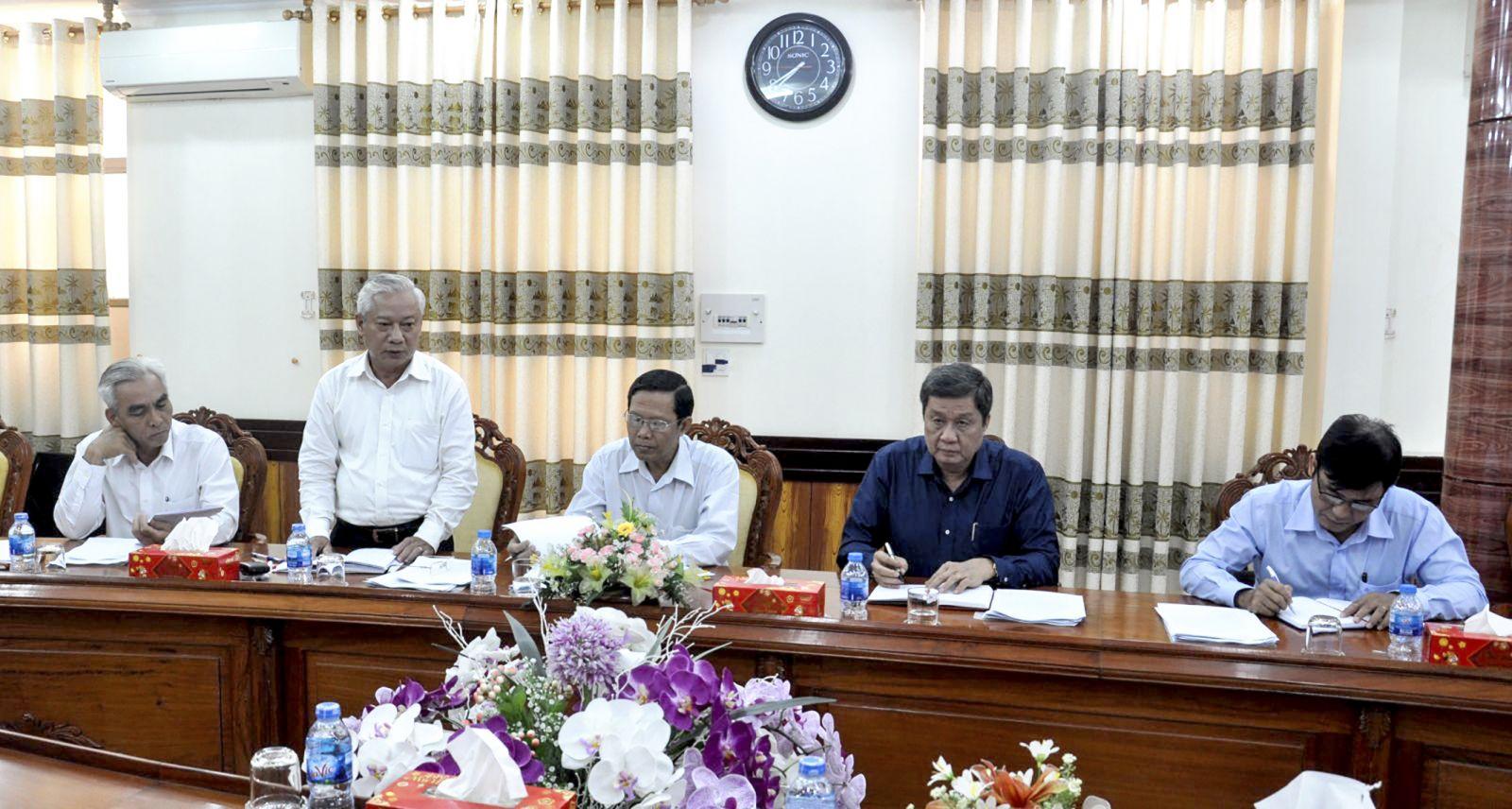 Đồng chí Mai Thanh Dân, Ủy viên Ban Thường vụ, Trưởng Ban Tổ chức Thành ủy phát biểu tại cuộc họp. Ảnh: ANH DŨNG