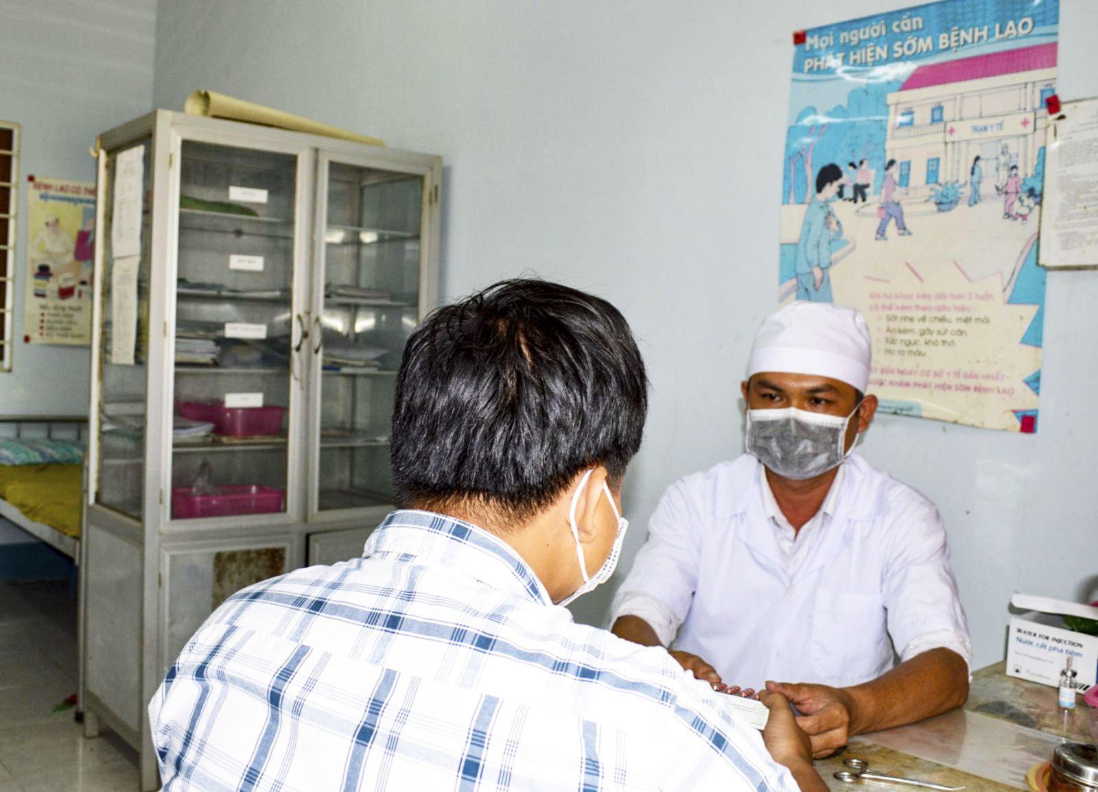 Giúp bệnh nhân lao  điều trị thành công