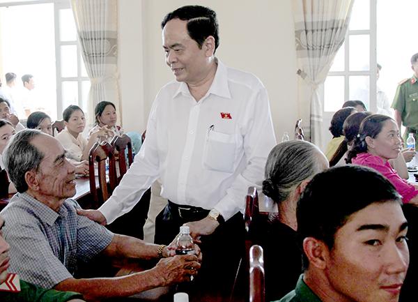 Ông Trần Thanh Mẫn, Chủ tịch  Ủy ban  Trung ương MTTQVN gặp gỡ cử tri phường Trung Nhứt. Ảnh: PHẠM TRUNG