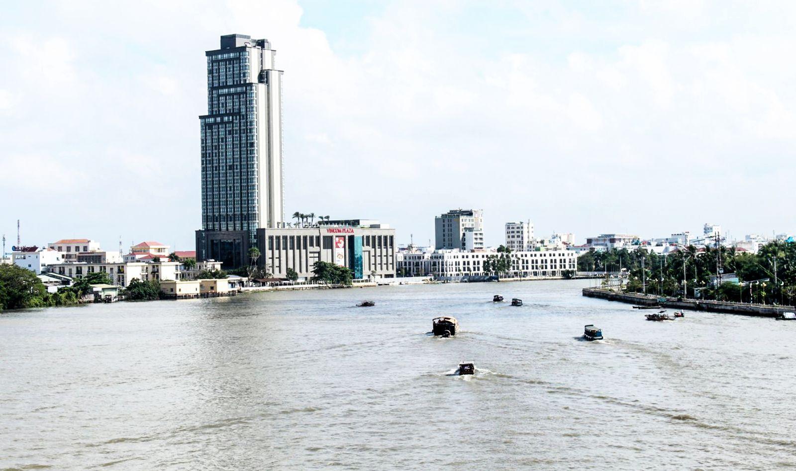 Vincom Plaza Xuân Khánh - một trong những dự án đầu tư trên lĩnh vực thương mại, dịch vụ kết hợp với bất động sản tại TP Cần Thơ.
