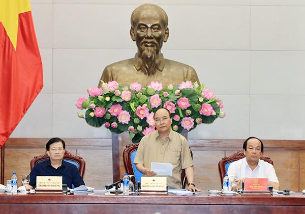 Thủ tướng Nguyễn Xuân Phúc phát biểu tại buổi làm việc. Ảnh: VGP-QUANG HIẾU
