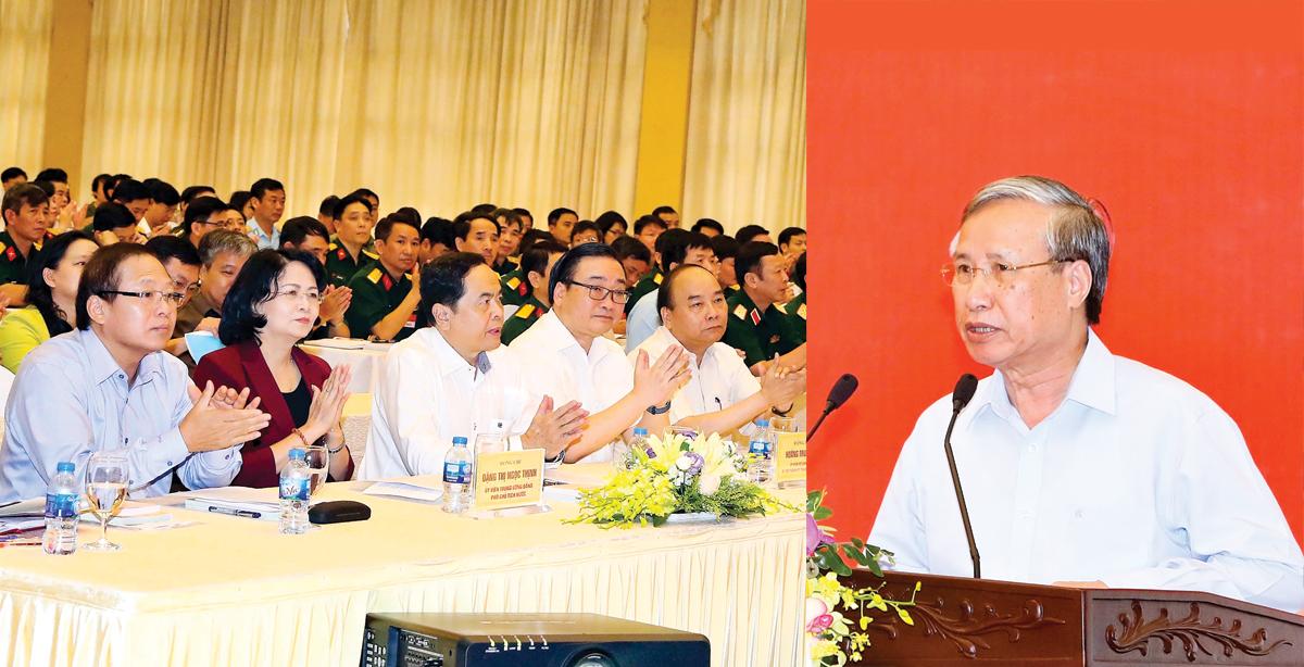 Đồng chí Trần Quốc Vượng, Ủy viên Bộ Chính trị, Thường trực Ban Bí thư phát biểu chỉ đạo tại hội nghị. Ảnh: THỐNG NHẤT - TTXVN