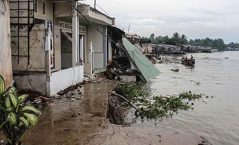 Hiện trường vụ sạt lở tại khu vực Thới Lợi, sông Ô Môn. Ảnh: H.VĂN