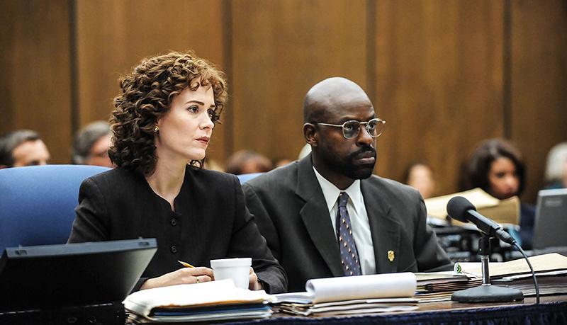 "Sarah Paulson (ảnh, trái) trong ""American Crime Story: The People v. O.J.Simpson""."