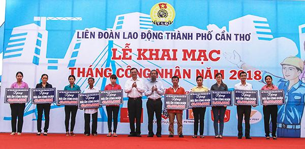 Liên đoàn Lao động TP Cần Thơ tổ chức lễ khai mạc Tháng Công nhân năm 2018.