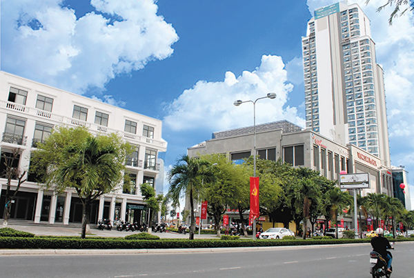 Trung tâm thương mại Vincom Plaza Xuân Khánh ở đường 30/4, phường Xuân Khánh, quận Ninh Kiều, TP Cần Thơ. Ảnh: KHÁNH TRUNG