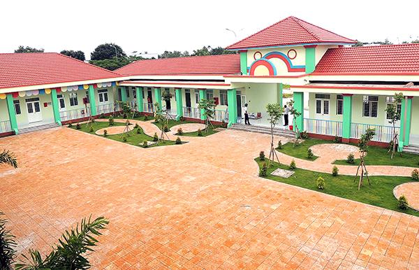 Trường Mầm non Phú Thứ, phường Phú Thứ, quận Cái Răng xây dựng hoàn thiện chuẩn bị phục vụ  năm học mới 2018-2019. Ảnh: MINH HUYỀN