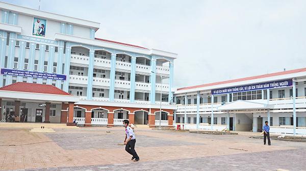 Được đầu tư xây dựng và cải tạo mới, năm học 2018-2019, Trường THCS Lê Lợi sẽ bố trí góc sân trường khoảng 250m<sup>2</sup> làm nơi phụ huynh đậu xe khi đưa rước con.