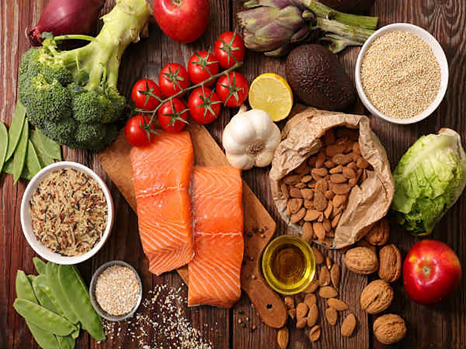 Nhóm thực phẩm giúp cơ thể bổ sung serotonin. Ảnh: Boldsky