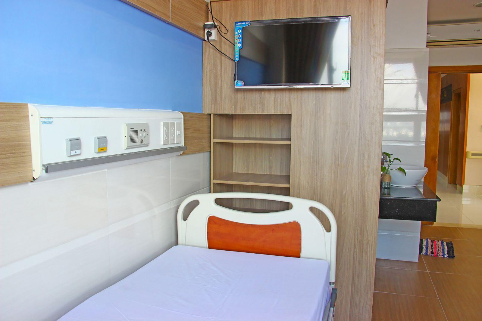 Phòng bệnh được trang bị theo tiêu chuẩn tiện nghi khách sạn. Ảnh: THU SƯƠNG