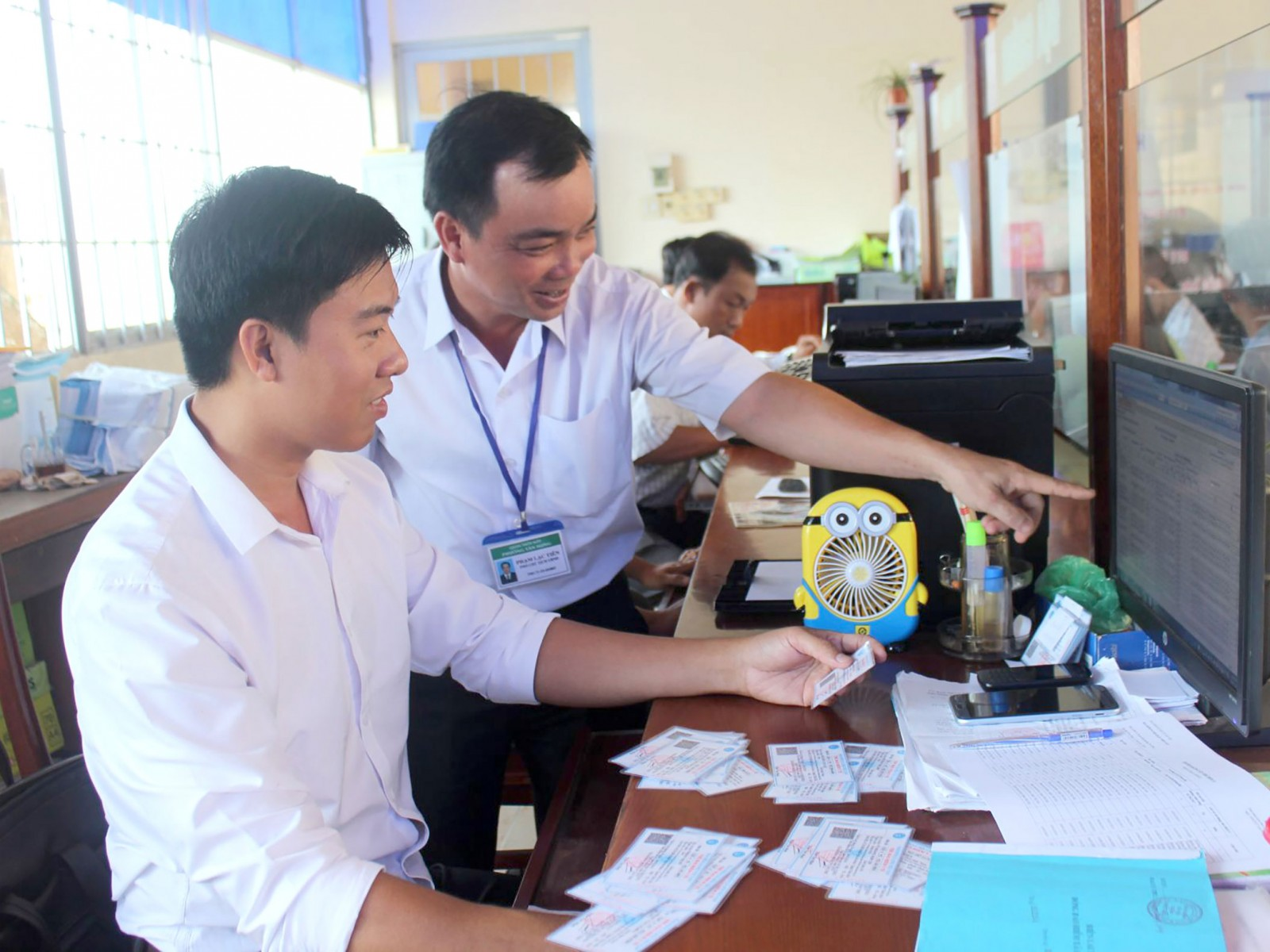 Nhờ áp dụng các mô hình sáng kiến trong CCHC, góp phần nâng cao chất lượng, hiệu quả công tác quản lý nhà nước tại phường Tân Hưng, quận Thốt Nốt. Ảnh: QUỲNH LAM