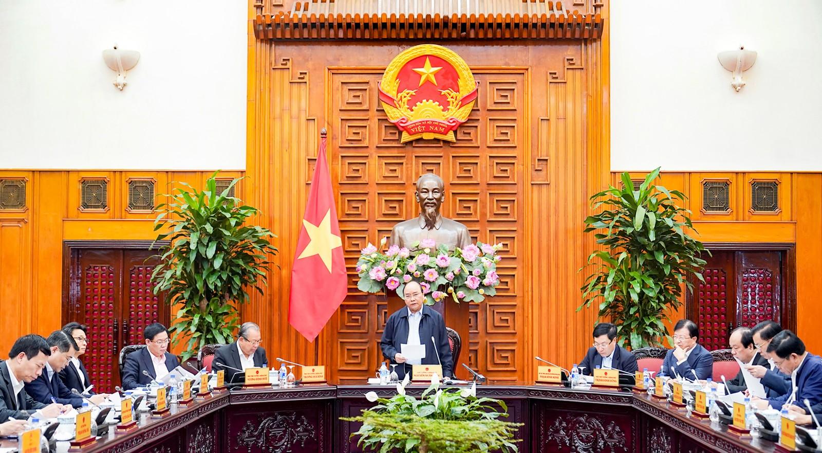 Thủ tướng Chính phủ Nguyễn Xuân Phúc phát biểu tại cuộc họp. Ảnh: VGP/QUANG HIẾU