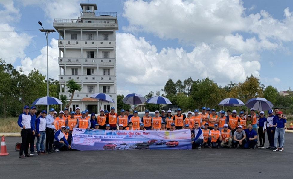 Gần 50 học viên tham gia Chương trình lái xe an toàn của Đại lý Honda Ôtô Cần Thơ