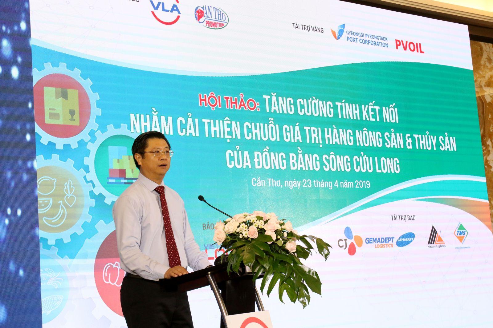 Phó Chủ tịch UBND TP Cần Thơ Trương Quang Hoài Nam phát biểu khai mạc hội thảo. Ảnh: MINH HUYỀN.
