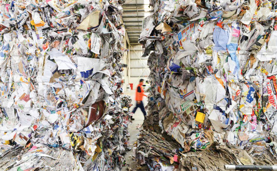 Rác thải tại một cơ sở tái chế ở gần thành phố Adelaide, Úc. Ảnh: AFP