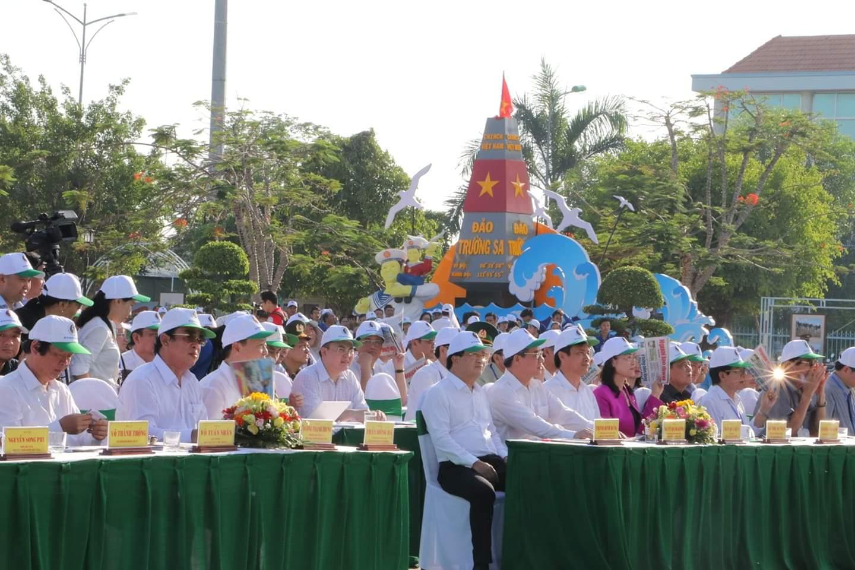 Lãnh đạo Chính phủ, các bộ ngành và địa phương dự lễ phát động