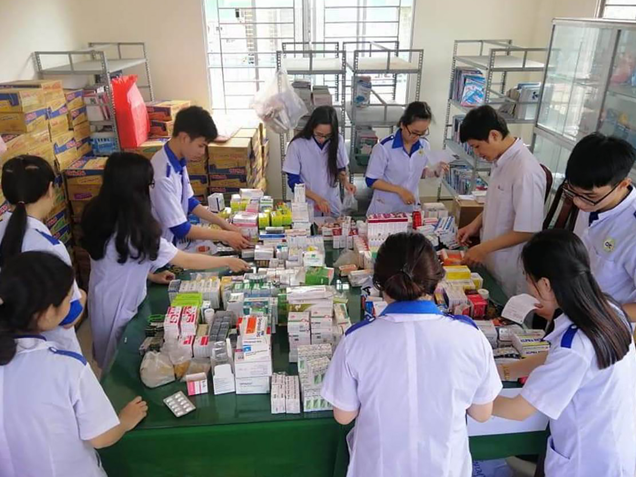 Sinh viên Trường Cao đẳng Y tế Cần Thơ trong giờ học.