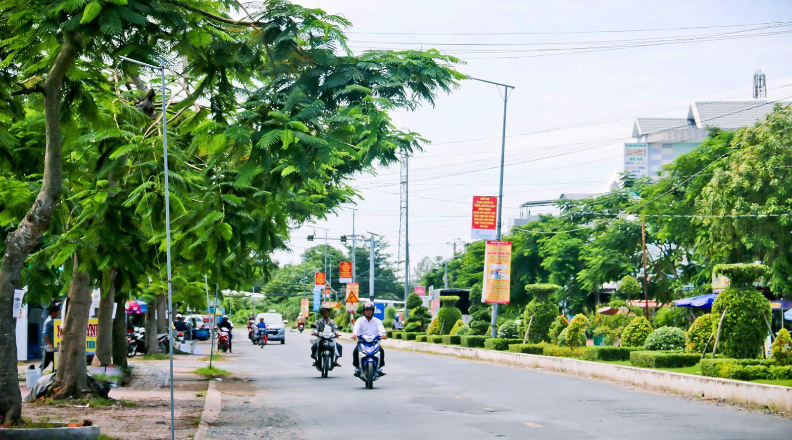 Một góc đô thị thị trấn Vĩnh Thạnh.