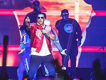 """""""Con Calma"""" của Daddy Yankee."""