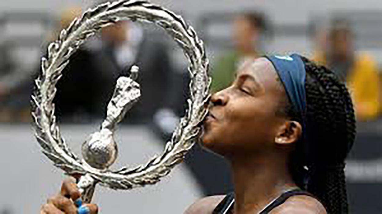 Gauff có danh hiệu WTA đơn đầu tiên trong sự nghiệp. Ảnh: AP
