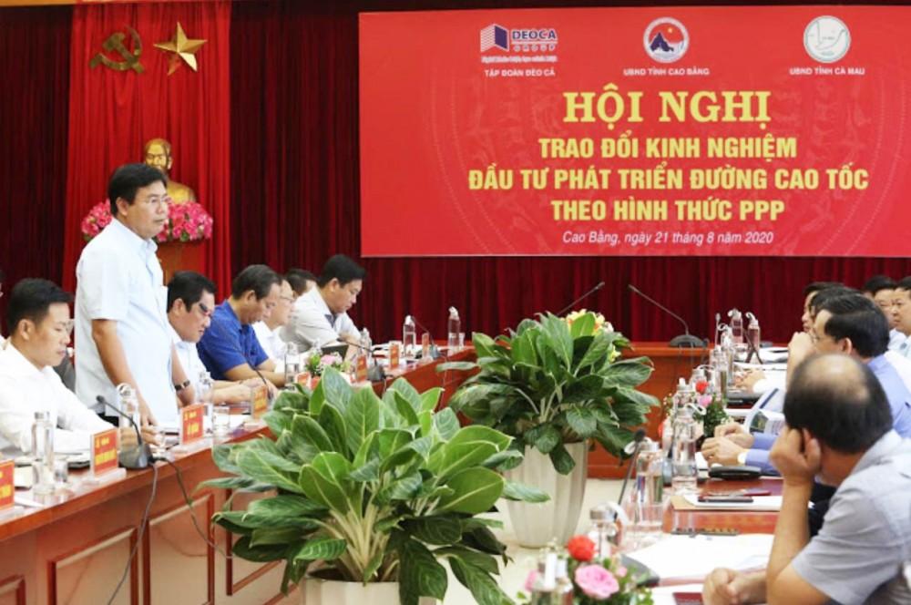 Ông Nguyễn Tiến Hải - Bí thư Tỉnh ủy, Chủ tịch UBND tỉnh Cà Mau, phát biểu tại hội nghị.