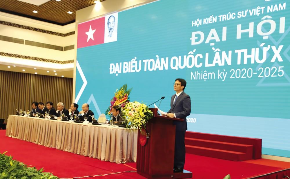 Phó Thủ tướng Vũ Đức Đam phát biểu tại Đại hội. Ảnh: VGP