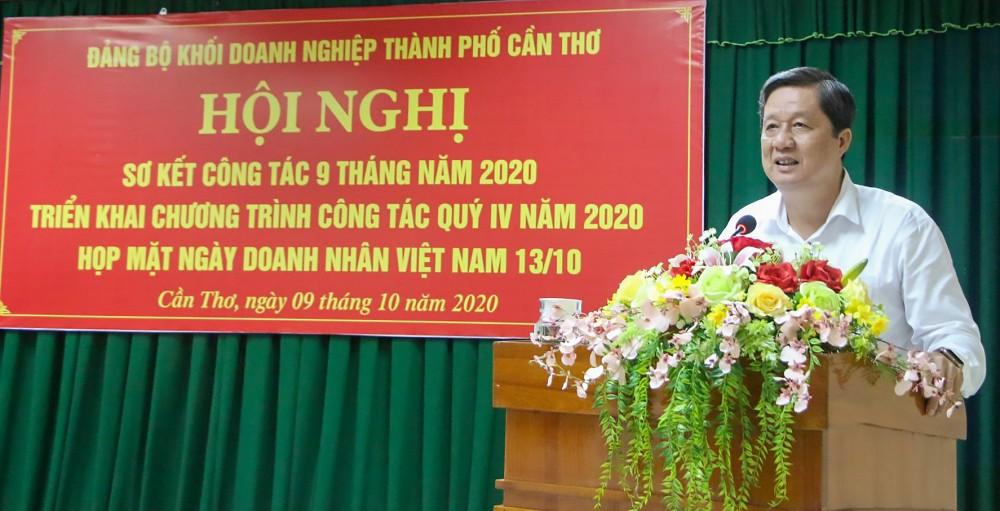 Đồng chí Phạm Văn Hiểu, Phó Bí thư Thường trực Thành ủy, Chủ tịch HĐND thành phố, phát biểu chỉ đạo hội nghị.