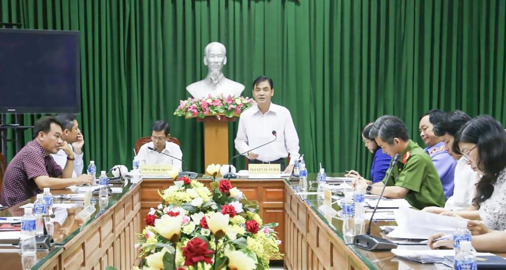 Đồng chí Nguyễn Xuân Hải, Ủy viên Ban Thường vụ Thành ủy, Trưởng Ban Nội chính Thành ủy, phát biểu kết luận buổi kiểm tra.