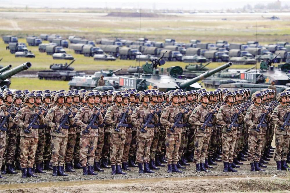 Quân đội Trung Quốc trong một cuộc  tập trận. Ảnh: AP