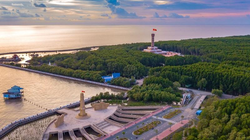 Cà Mau sở hữu nhiều điểm du lịch sinh thái hấp dẫn du khách.