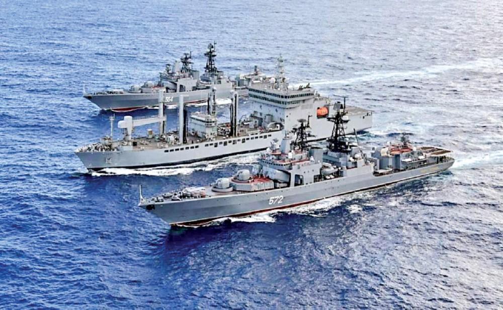Tàu chiến các nước tham gia cuộc tập trận Malabar. Ảnh: Times of India