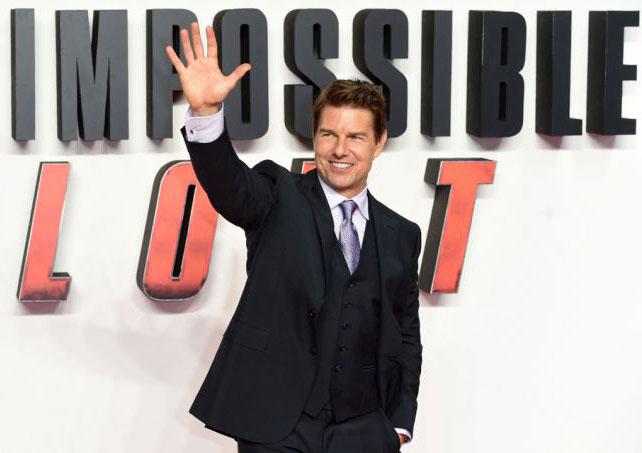 Phim của Tom Cruise vẫn được khởi quay tại Anh.