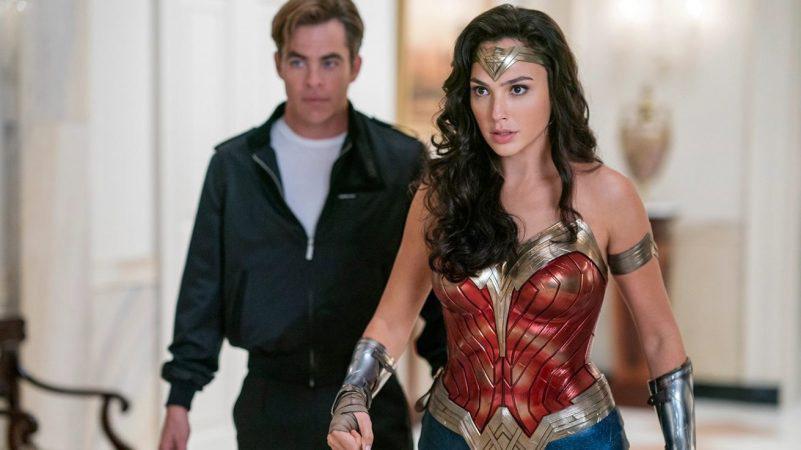 """Chuyện tình giữa nữ thần Diana và chàng phi công Steve tiếp tục trong """"Wonder Woman 1984""""."""