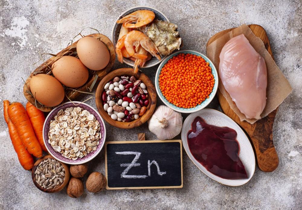 Bổ sung thực phẩm giàu kẽm có thể giúp hạn chế sự sinh sôi của SARS-CoV-2.