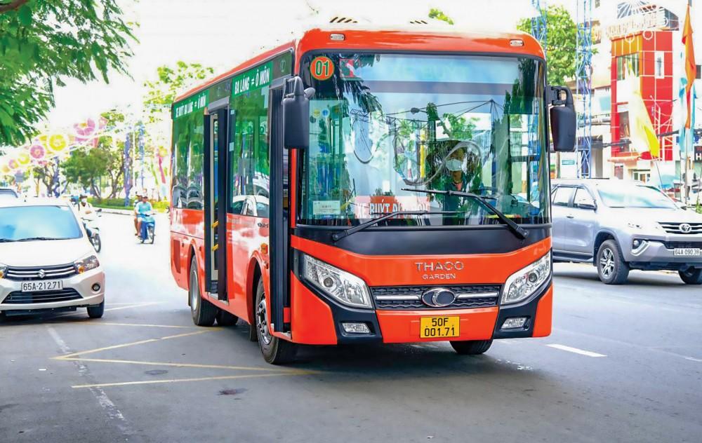 Hình ảnh xe buýt chất lượng cao dần trở nên quen thuộc với người dân Cần Thơ.